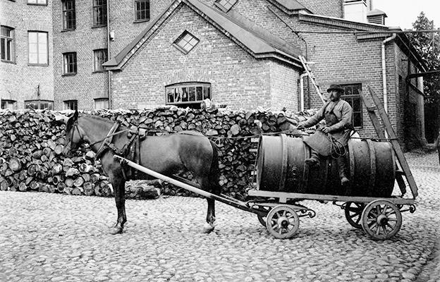 historia-sinebrykoff-1900